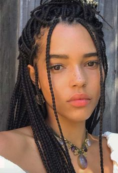Keep reading for some major box braids inspo, from loose braids to half updos or messy ponytails, as well as the best practices to protect your hair while in braids! Afro Braids, Loose Braids, Twist Braids, Crown Braids, Messy Braids, African Braids, Braided Ponytail, Baddie Hairstyles, Braided Hairstyles