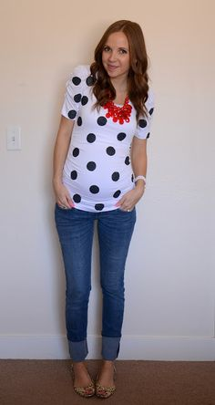 Merricks Art: Polka Dot Tee-My coral Stella & Dot necklace with my polka dot sweater??