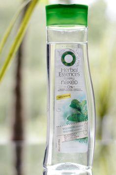 Ich habe das Clearly Naked Volumen-Shampoo von Herbal Essences getestet und verlose ein Shampoo plus Spülung. Hier: http://www.miss-annie.de/clearly-naked-volumen-shampoo-von-herbal-essences-im-test/  #Gewinnspiel #beauty #blogger