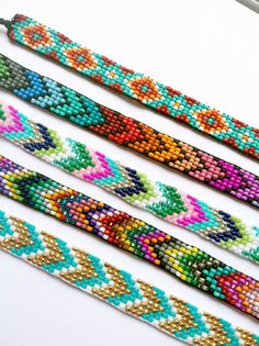 Chevron Beaded Friendship Bracelet You door UnderThoseNeonLights this looks like a cute idea for kids! I would love to try it!