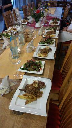"""Es geht um das """"perfekte Steak"""" aus Jochmanns Kochschule in Hannover.... Viel Spaß mit dem Blog...  http://hannoveraner-in.de/2015/07/jochmanns-kochschule-gemeinsam-zum-perfekten-steak/"""