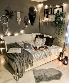 shed landscaping shed landscaping Dorm Room Decor Ideas art Barn decor Design house landscaping Raised Shed Room Ideas Bedroom, Small Room Bedroom, Bedroom Ideas For Small Rooms For Teens, Cozy Teen Bedroom, Cozy Small Bedroom Decor, Decorating Small Bedrooms, Decorating Ideas, Small Bedroom Inspiration, Cozy Small Bedrooms