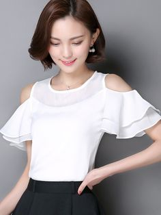 Ericdress Slim Off-Shoulder Chiffon Blouse Blouse Styles, Blouse Designs, Top Chic, English Clothes, Classic White Shirt, Mode Style, Corsage, Cute Tops, Dress Patterns