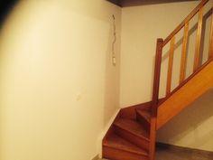 cage d'escalier menant à l'étage // TEXAS Bâtiment - texasbatiment@orange.fr - Tél 0622751527-0141810290