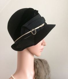 VINTAGE 1920s CLOCHE HAT GENUINE FRENCH 20s BLACK FELT VELVET SILVER DECO BUCKLE  | eBay £207.00 (BIN) FPP
