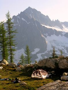 Logan Zone Bivy Site | North Cascades National Park in Washington State #adventure #camping #mountains