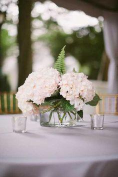 white hydrangea wedding centerpieces
