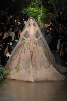 - Elie Saab Dress - This dress with its very voluminous waist seems to be inspired by the Robe à la Française. -