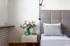 desire to inspire - desiretoinspire.net - Grey, black andwhite - Headboard, lamp stand