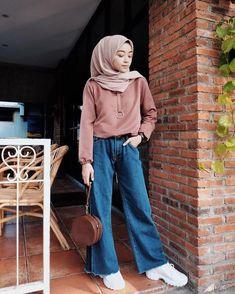 7 Confident Cool Ideas: Fashion Jeans Blazer fashion plus size black. 7 Confident Cool Ideas: Fashion Jeans Blazer fashion plus size black.Fashion Tips Clothes tall fash Street Hijab Fashion, Modern Hijab Fashion, Muslim Fashion, Modest Fashion, Korean Fashion, Hijab Casual, Hijab Chic, Dress Casual, Blazer Fashion