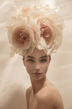 Get your Easter Bonnet gorgeous hats on our Irish Spa Spring Break by Irish hat designer London Philip Treacy, Emo Fashion, Daily Fashion, Gothic Fashion, Victorian Fashion, Fendi, Fascinator Hats, Fashion Plates, Goth Girls