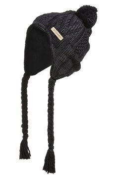 The coziest cable-knit hat. M