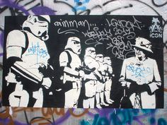 Your Darth Majesty at Berlin's wall