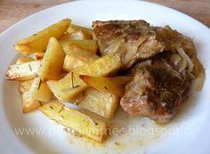 Pomalý hrnec: Vepřová krkovička na cibuli v pomalém hrnci Multicooker, Pot Roast, Crockpot, Slow Cooker, Pork, Food And Drink, Beef, Chicken, Ethnic Recipes