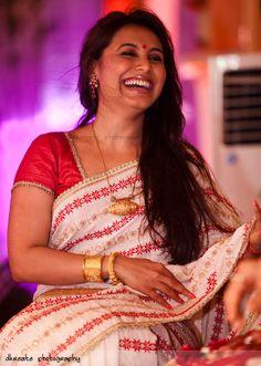 Rani Mukherjee   Bollywood star   bengali saree   Esha Deol wedding   Bollywood wedding   Love her Gaurad saree   Hema Malini   Dharmendra   DKreate Photography Best candid destination wedding photography Mumbai Jaipur Goa Udaipur Ahmedabad. Indian wedding photography Dubai, Jacksonville, Florida.
