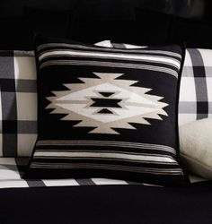 Tahoe throw pillow in cashmere hand-woven in Nepal