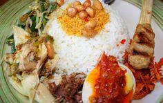 Resep Nasi Campur Bali Khas Enak - http://www.rancahpost.co.id/20151041697/resep-nasi-campur-bali-khas-enak/