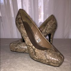 """SNAKE SKIN PLATFORM PUMPS, 4""""HEELS - 1"""" PLATFORM These are beautiful pumps. Too bad I can't wear a 4"""" Heel with a 1"""" Platform! I was in heaven! Literally! I put them on wobbled my way up to stand, took one step and landed on the floor! What was I doing while everyone else was learning to walk in heels? Well we really don't want to talk about that now! BRAND NEW, NEVER WORN; not for lack of trying! Shoes Heels"""
