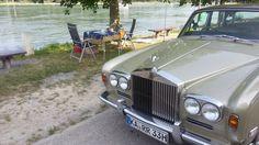 Heute Morgen, der Hitze wegen: Stilvolles Frühstück am Rheinufer, mit meiner lieben Liebe. Alles in allem, ein sehr schöner und kurzweiliger Frühstücksvormittag. Das werden wir diesen Sommer noch öfter wiederholen. :-) Hier einige Impressionen