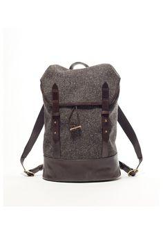 Cherchbi dark Herdwyck brown tweed rucksack/daddy diaper bag