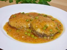 Salmon En Salsa, Broccoli Fritters, Fish Recipes, Seafood, Cooking Recipes, Beef, Vegan, Chicken, Albondigas