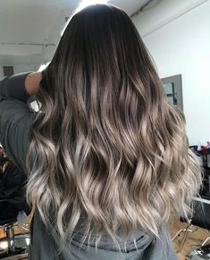 Ash brown balayage Ash brown balayage The post Ash brown balayage appeared first on Haar. Ash Brown Balayage, Brown Hair With Highlights, Hair Color Balayage, Ombre Hair, Ash Brown Ombre, Brunette Highlights, Color Highlights, Wavy Hair, Cool Tone Brown Hair