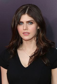 Alexandra Anna Daddario is an American actress. She is known for playing Annabeth Chase in the Percy Jackson film series, […] Alexandra Daddario Images, Gal Gardot, Most Beautiful Hollywood Actress, Beautiful Actresses, Angels Beauty, Bridal Makeup Looks, Jacqueline Fernandez, Hollywood Celebrities, Female Celebrities