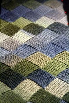 Entrelac - Beautiful Afghan Blanket - love the colours Knitted Afghans, Tunisian Crochet, Knit Or Crochet, Knitted Blankets, Crochet Crafts, Knitted Baby, Scarf Crochet, Baby Blankets, Crochet Baby