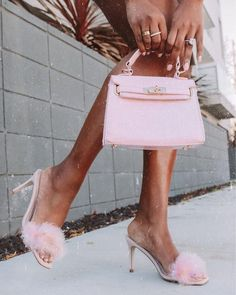 There is 1 tip to buy bag. Baby Pink Aesthetic, Boujee Aesthetic, Princess Aesthetic, Bad Girl Aesthetic, Aesthetic Collage, Aesthetic Pictures, Aesthetic Vintage, Summer Aesthetic, Aesthetic Fashion