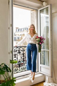 Marissa Cox of Rue Rodier on French Fashion Who What Wear UK French Chic Outfits, French Outfit, Casual Chic Outfits, French Chic Clothes, French Clothing Styles, Casual Pants, Look Retro, Look Vintage, Vintage Jeans