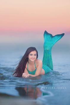 mermaid mini session idea