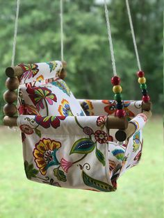 These cloth swings are great additions to your backyard, porch, playroom, or nursery for year around fun! This is intended to be used inside or outside! It would make a cute baby shower present for so Baby Hammock, Baby Swings, Baby Shower Presents, Best Baby Shower Gifts, Patio Swing, Porch Swings, Kids Swing, Child Swing, Diy Bebe