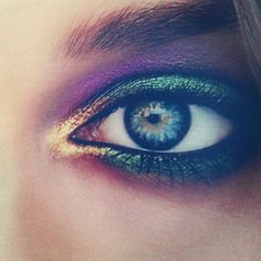 Peacock inspired summer make-up from #PatMcGrath for #robertocavalli #makeup