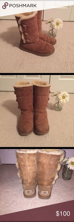 Ugg triple Bailey Button Size 6, Ugg Chestnut color UGG Shoes Winter & Rain Boots