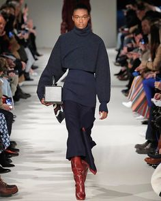 """As Editor-in-Chief @laurabrown99 says @victoriabeckham delivered another """"chic-y-chic"""" collection. And yep @davidbeckham watched from the front row. : @gettyimages #NYFW  via INSTYLE MAGAZINE OFFICIAL INSTAGRAM - Fashion Campaigns  Haute Couture  Advertising  Editorial Photography  Magazine Cover Designs  Supermodels  Runway Models"""