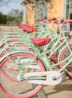 Melon Pink Mint Bike / Bici Rosa Menta e Melone Coral Colour Palette, Coral Color, Pastel Colors, Mint Coral, Color Palettes, Coral Turquoise, Pastel Pink, Pastel Style, Coral Accents