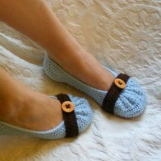Crochet slippers...love these