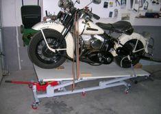 Elevador de motos casero - Fabricación - Harley Clasica Motorcycle Lift Table, Bike Lift, Motorcycle Garage, Cars And Motorcycles, Harley Davidson, Gaston, Workshop, Metal, Drawings