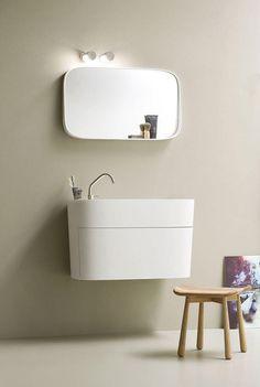 Fonte Specchiera con mensola di Rexa Design | Specchi da parete