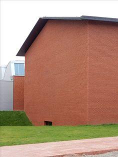 C Zaha Hadid, Garage Doors, Outdoor Decor, Home Decor, Decoration Home, Room Decor, Home Interior Design, Carriage Doors, Home Decoration
