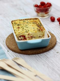 Flan au thon et fromage frais Lasagna, Banana Bread, Cheese, Ethnic Recipes, Desserts, Buffet, Drizzle Cake, Cooking Food, Cherry Tomatoes