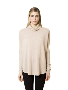 spun from luxurious cashmere, our poncho is a great layering option for any occasion. this cozy piece is lightweight and has a relaxed fit, making it a perfect compliment for leggings during the fall months.