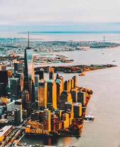 Lower Manhattan at sunset by @mc_gutty | newyork newyorkcity newyorkcityfeelings nyc brooklyn queens the bronx staten island manhattan @lingkingman @ellistuesday @BastienGchr @Parccy