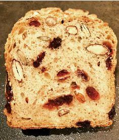 Le Pain des Bonnes Résolutions (Pain des Sportifs) - Patachou, miam-miam et compagnie Stromboli Dough Recipe, Brioche Bread, Cooking Bread, Bread Cake, Bread And Pastries, How To Make Bread, Fabulous Foods, Bakery, Food Porn