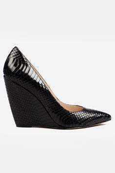 My wedge love affair continues...24 Pairs Of Pointed Shoes To Look Sharp #refinery29
