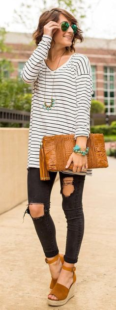 #summer #outfits Outfit Repeater On This Tuesday  Minus The Shades And The Sun. If You're On The Hunt For Distressed Black Jeans These Are The Ones Ya Want!