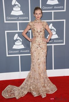 Taylor Swift at the Grammys 2012