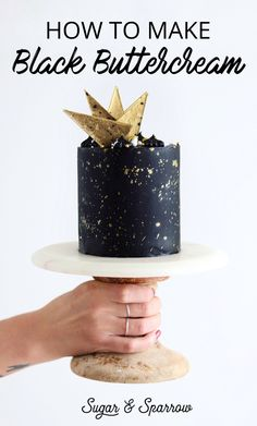Learn how to make pitch black buttercream that actually tastes GOOD with this recipe, my favorite food color gel for the job, and plenty of tips for success Icing Frosting, Buttercream Recipe, Cake Icing, Icing Recipe, Black Frosting, Buttercream Cake Decorating, Bolo Glamour, Mini Cakes, Cupcake Cakes