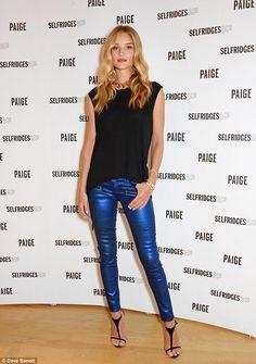 Rosie Huntington-Whiteley wears spray-on blue metallic jeans #dailymail