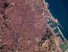 Another view from the sky - #Barcelona coast http://www.bcninternet.com/